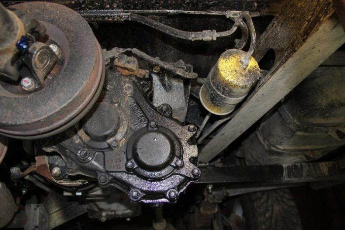 Сколько моторного масла в двигатель уаз